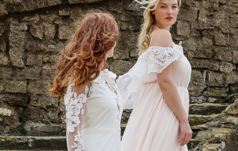 Robes de mariées pulpeuses grande taille JOY